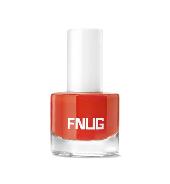 Esmalte de uñas FNUG. Fashion Blogger